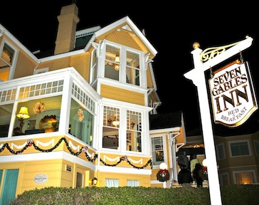 Pacific Grove Christmas Holiday B&Bs, Dining and more