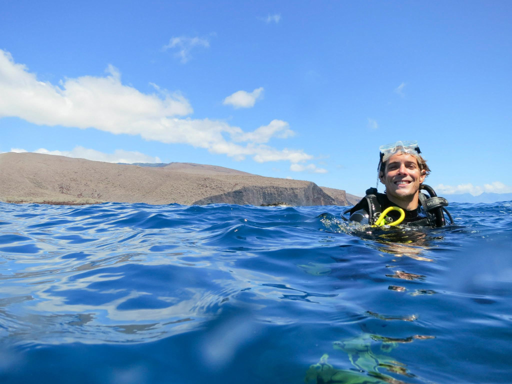 Kyle Ellison scuba diving off island of Lanai