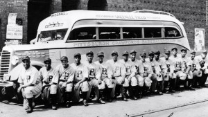 monarchs-negro-league-pittsburgh-crawfords-1935