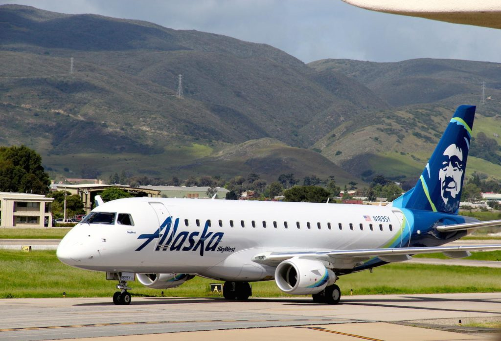 Alaska Airline's maiden flight arrives at San Luis Obispo Regional Airport April 13th 2017  Photo Credit Tom Wilmer