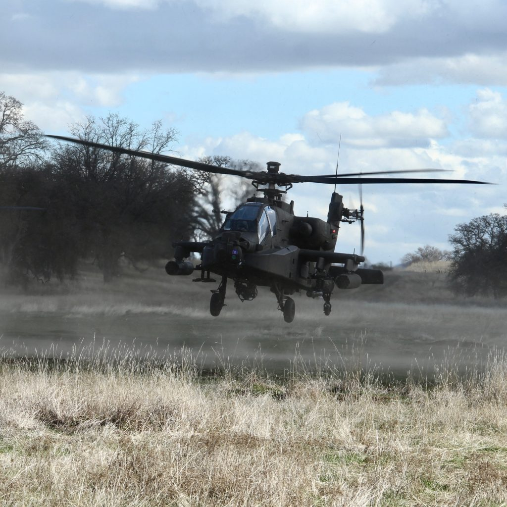 Apache helicopter attached to 7th Infantry Division training at Fort Hunter Liggett